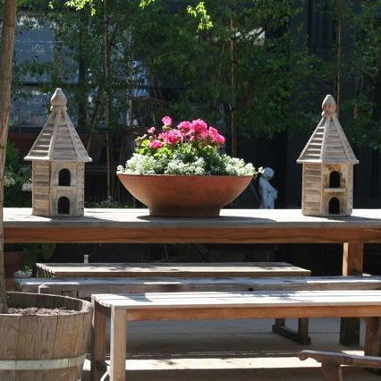 Alfresco dining setting on Green Lane, Bowral